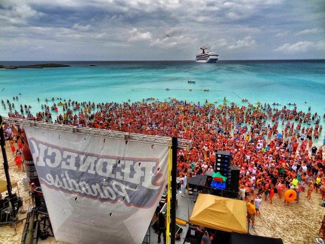 Kid-Cruise-Beach